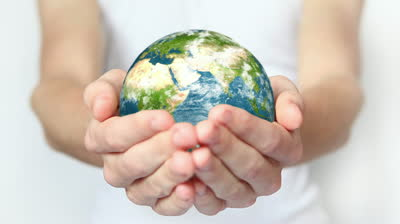 stock-footage-earth-in-hands